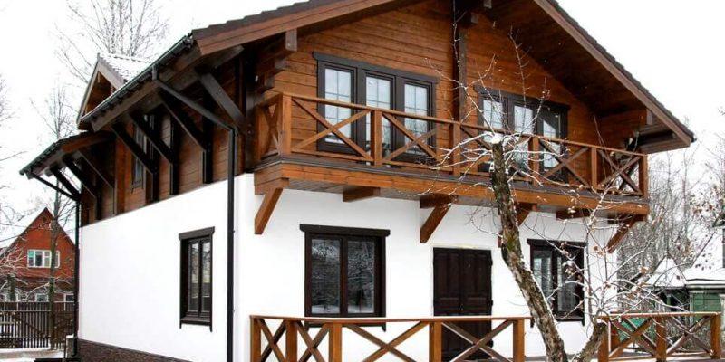 Комбинированый дом из пеноблока и дерева